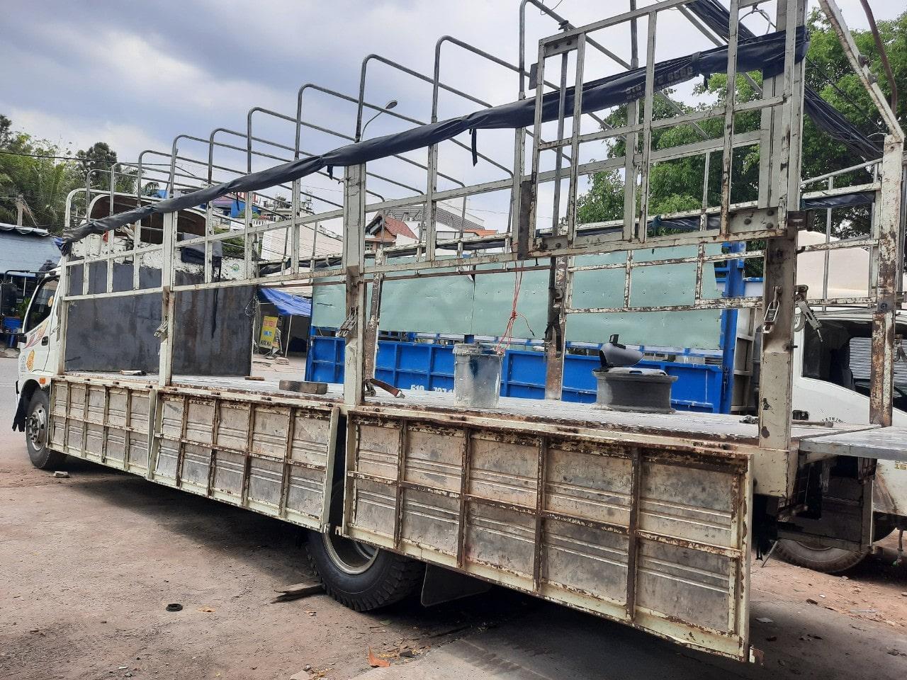 Dịch vụ cho thuê xe tải chở hàng giá rẻ - vận chuyển hàng hoá chuyên nghiệp tại tphcm