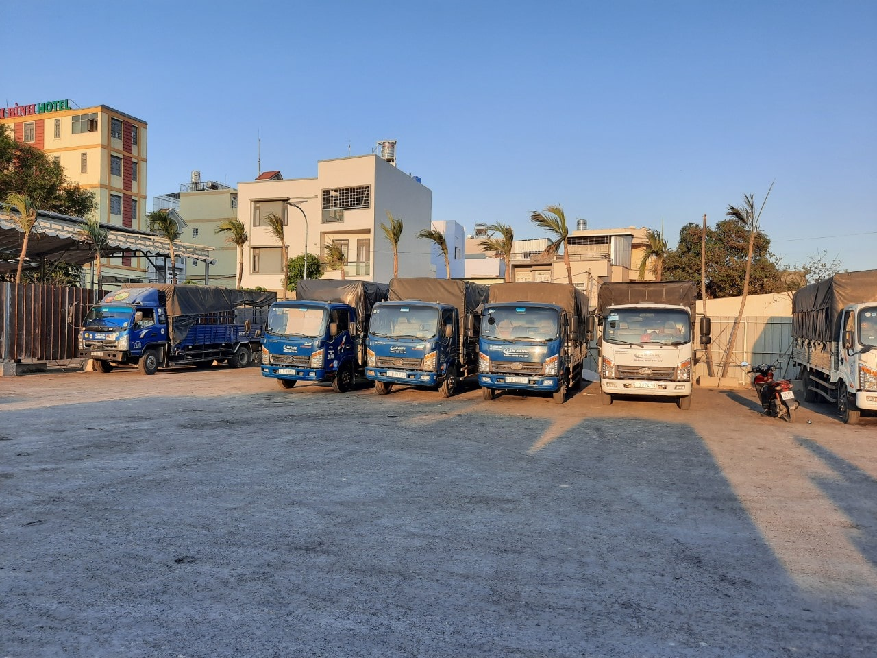 Dịch vụ cho thuê xe tải chở hàng - dịch vụ vận chuyển hàng hoá tại TPHCM giá rẻ