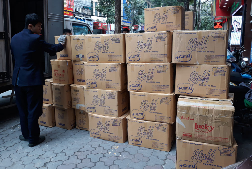 Chuẩn bị thùng giấy chuyển nhà