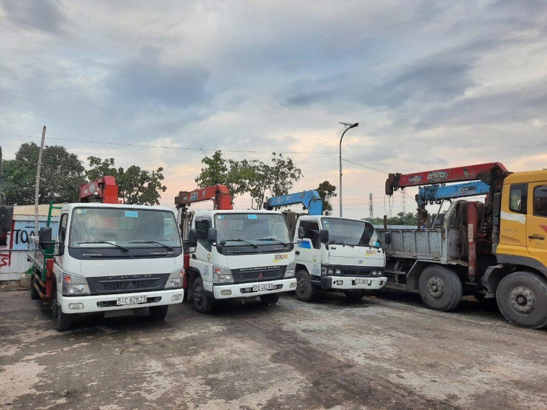 Xe tải chở hàng Xã Quy Đức huyện Bình Chánh